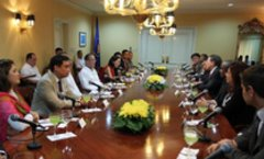 Asia-Pacific issues discussed in Manila